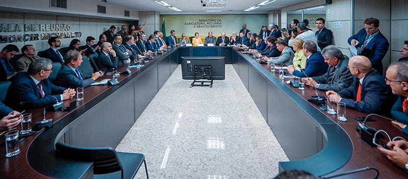 Lideranças e autoridades gaúchas mostraram força em Brasília